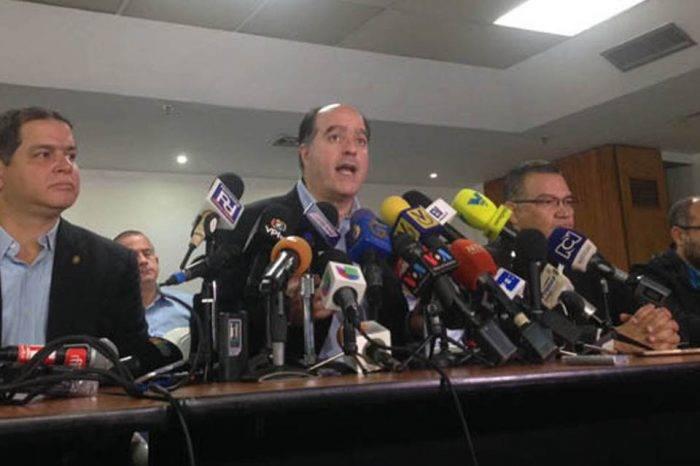 MUD espera 114 excarcelaciones tras firmar acuerdos de la negociación