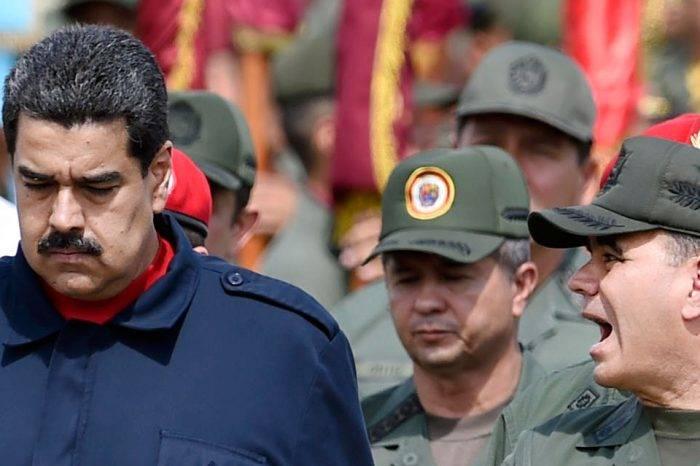 Militarismo y gobierno tutelado por Luis Manuel Esculpi