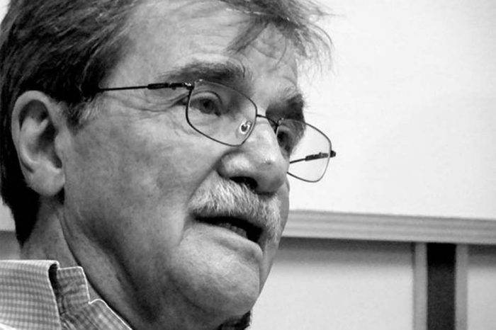 Conversaciones en carro con Teodoro Petkoff, por Javier Conde