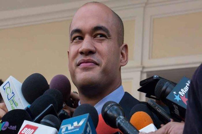 "Héctor Rodríguez considera que Maduro ejerce un liderazgo ""excepcional"""
