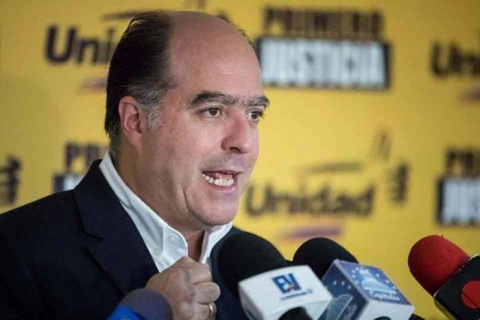 Borges iniciará gira por varios países y niega que gestione un asilo político