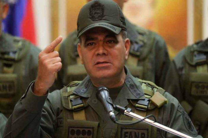 """Padrino López insta a la oposición a dialogar """"sin juegos"""""""