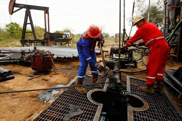 Petróleo venezolano sumó 0,30 dólares y se cotiza en $56,12