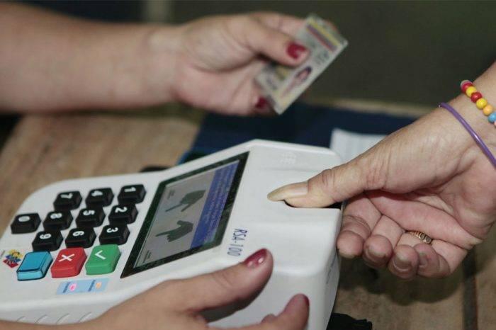 CNE exigirá la huella de cuatro dedos para el 20%