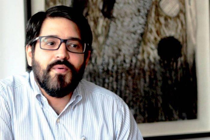 Asdrúbal Oliveros: Merma de reservas internacionales no implica que el gobierno colapsará