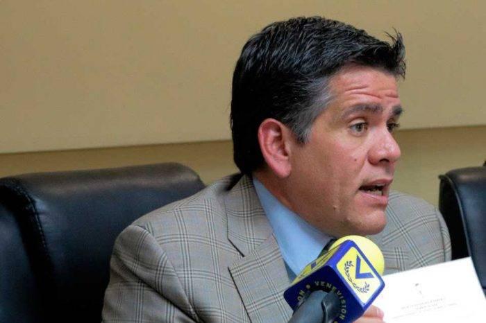Diputado Rafael Guzmán aseguró que Venezuela nunca había estado en hiperinflación