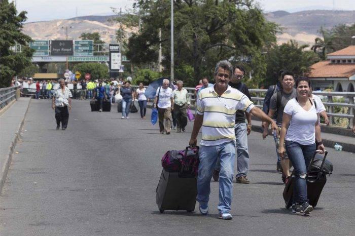 EEUU ofrece ayuda a Colombia y Brasil con la inmigración venezolana