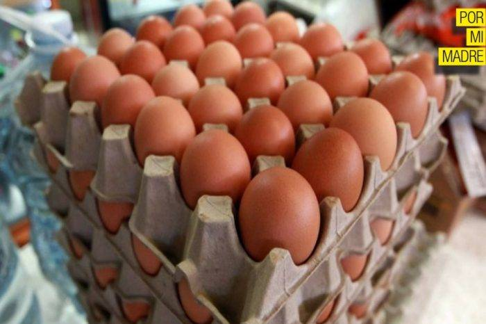 Cartón Huevos Por Mi Madre