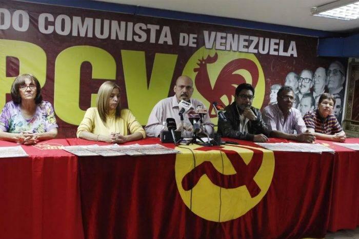 Partido Comunista: Aquí no se ha visto ni un gramo de socialismo