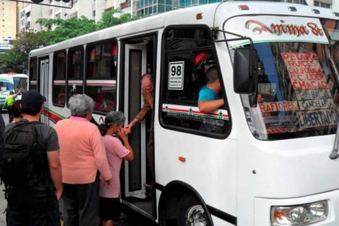 Pasaje en Caracas aumenta a Bs 1000 con anuencia del Gobierno