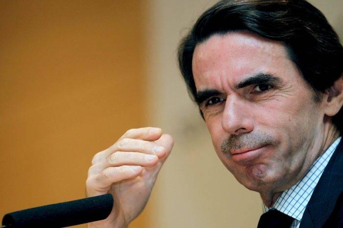 Aznar: Crisis de Venezuela no se resuelve con diálogo político
