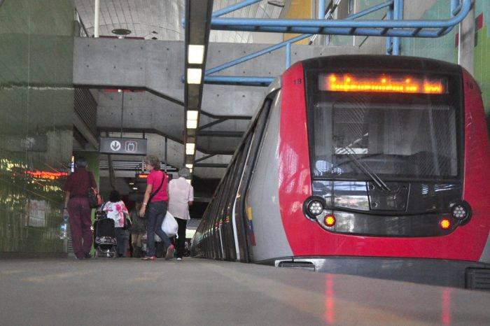 Metro cerró temprano sus puertas desde Capitolio a Propatria por problemas eléctricos