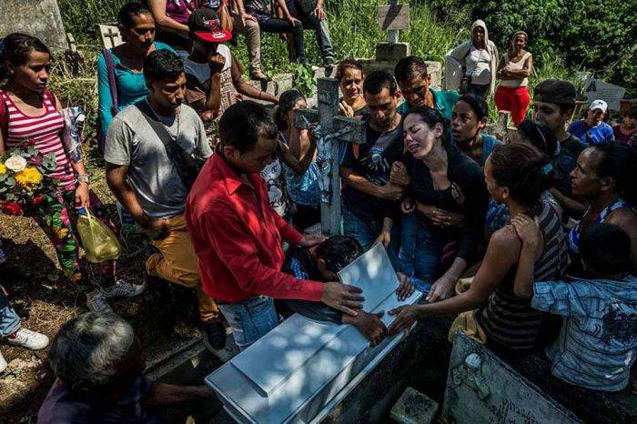 New York Times: Niños venezolanos mueren por malnutrición