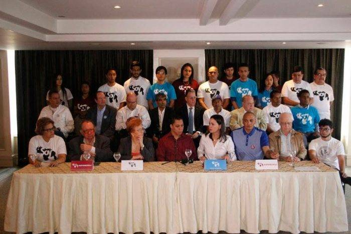 Movimiento Soy Venezuela acusa a la MUD de favorecer las decisiones del Gobierno