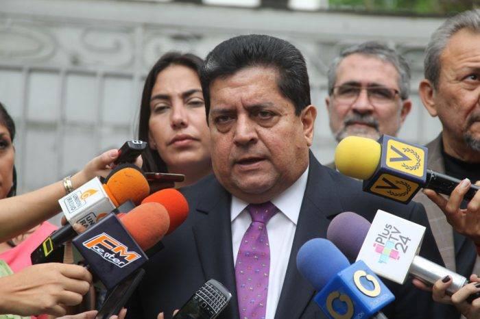 Edgar Zambrano desmiente que vaya a existir un cambio en la presidencia de la Asamblea