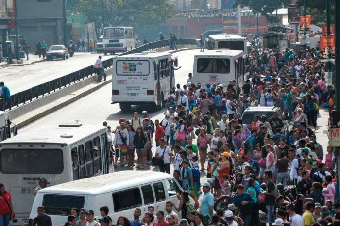 Transportistas de Caracas cumplieron con el paro convocado para este #30Ene