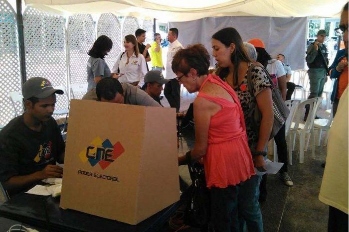 CNE ordenó validación de partidos políticos para finales de enero