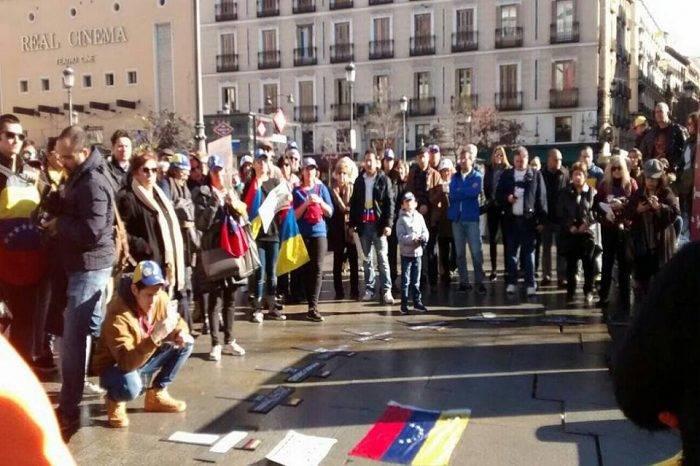 Venezolanos protestaron en Madrid por violaciones a DDHH