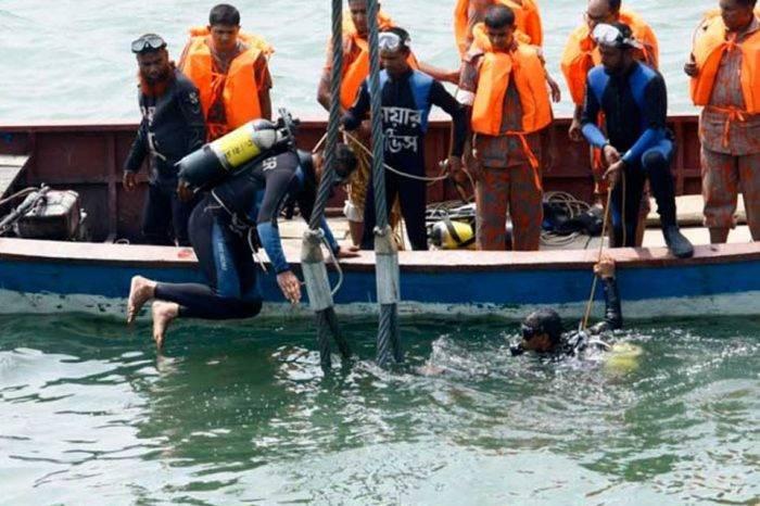 Mal tiempo en Indonesia causa el naufragio de una embarcación y fallecen 12 personas