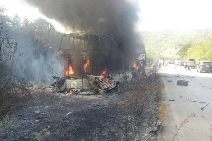 7 fallecidos y 56 heridos en accidente de autobús en la vía de Oriente