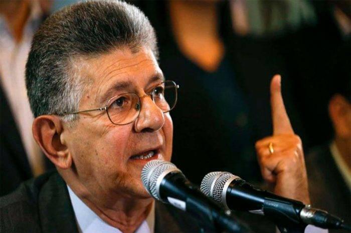 """Ramos Allup asegura que Maduro """"competirá solo"""" si insiste en elecciones sin garantías"""