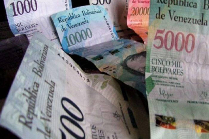 La hiperinflación se acelera, por  Naky Soto