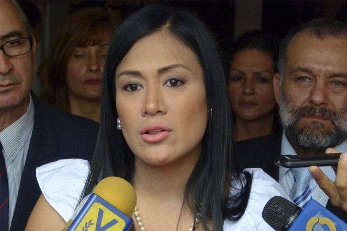 Gobernadora Laidy Gómez denuncia ausentismo laboral en Táchira por falta de gasolina