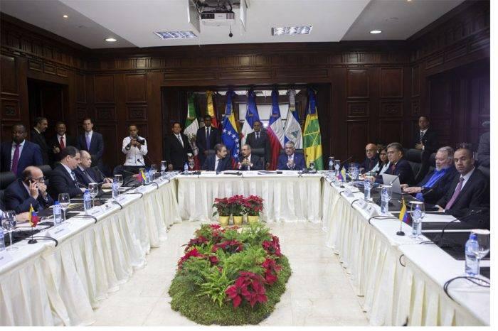 Reunión negociación en República Dominicana