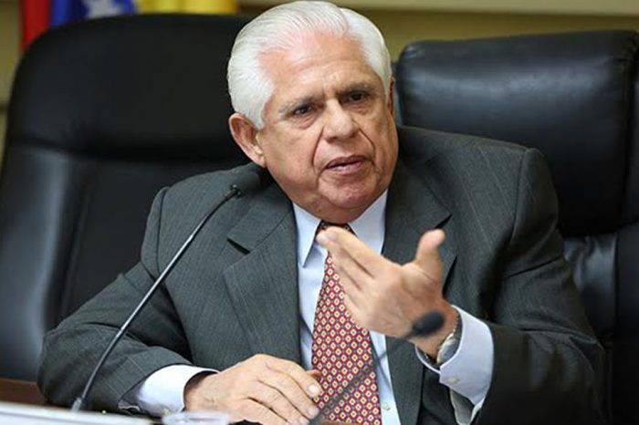 A Omar Barboza no le parece sensato convocar elecciones presidenciales por un disgusto