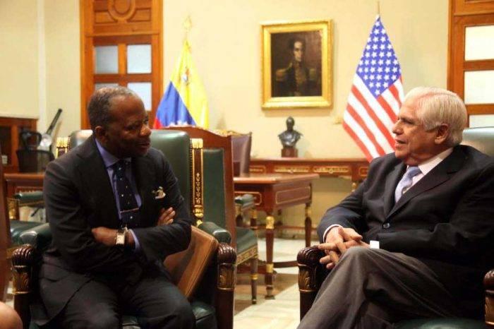 Barboza se reunió con encargado de negocios de EE.UU.