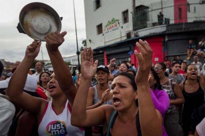 Mujeres venezolanas son las que más sufren por la crisis humanitaria