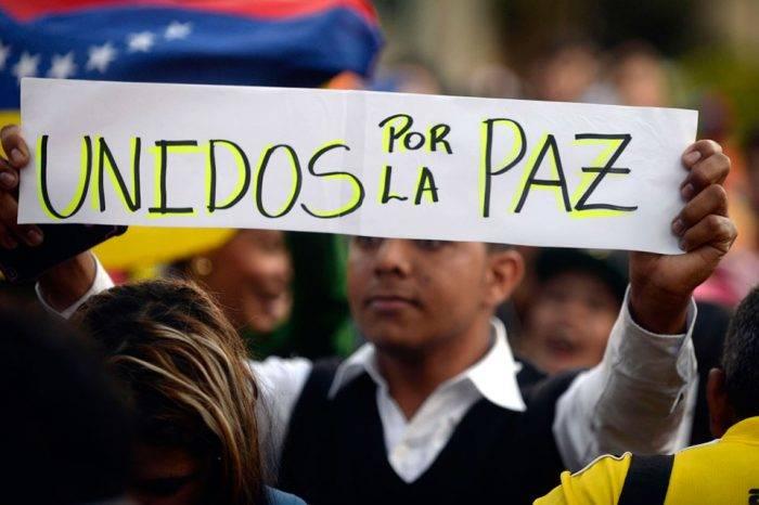 Cese pacífico de la usurpación, por Simón García
