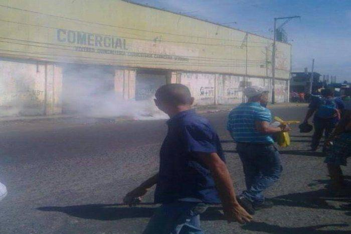 Reprimieron a personas que intentaban comprar azúcar en Barquisimeto
