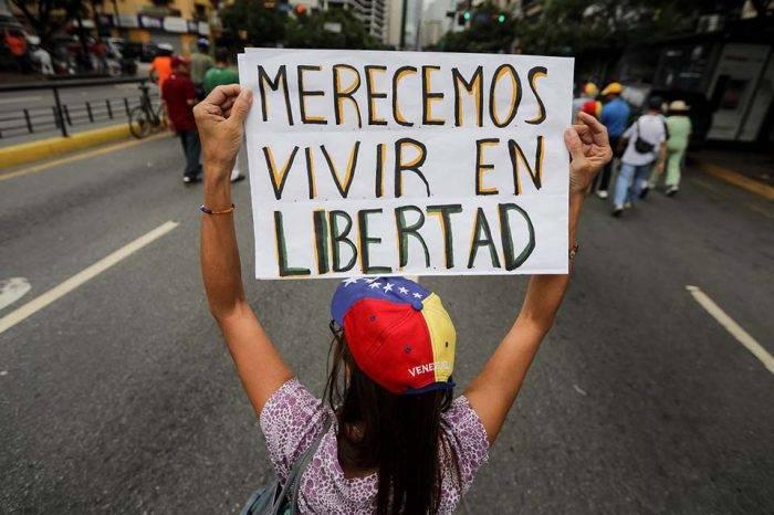 Amenaza y represión, por Cristian Silva