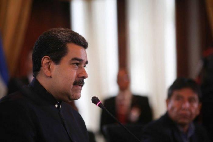 """Maduro denuncia en la ALBA """"persecución financiera"""" contra Venezuela"""