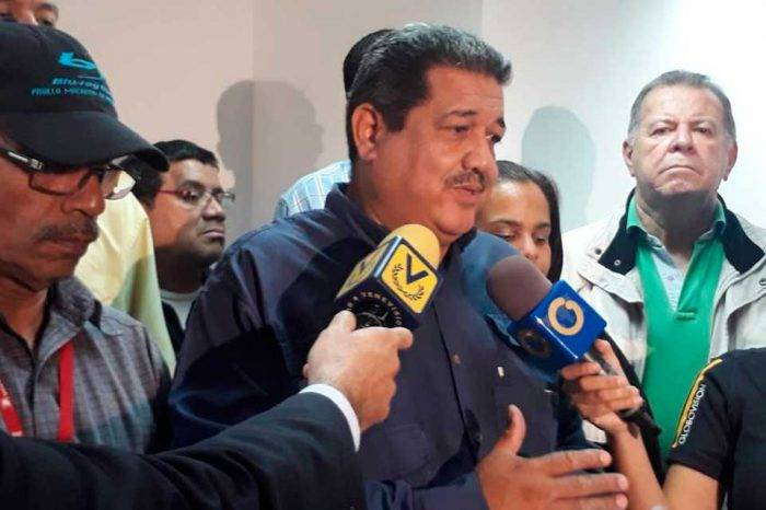 Primero Justicia rechaza amenazas de ministro de Salud contra Pablo Zambrano