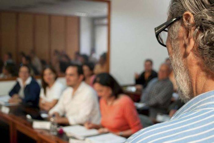 Federación de Maestros espera que respeten ajustes por aumento del salario