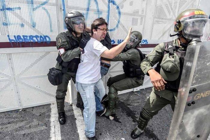 Agresiones diputados Freddy Guevara 2017