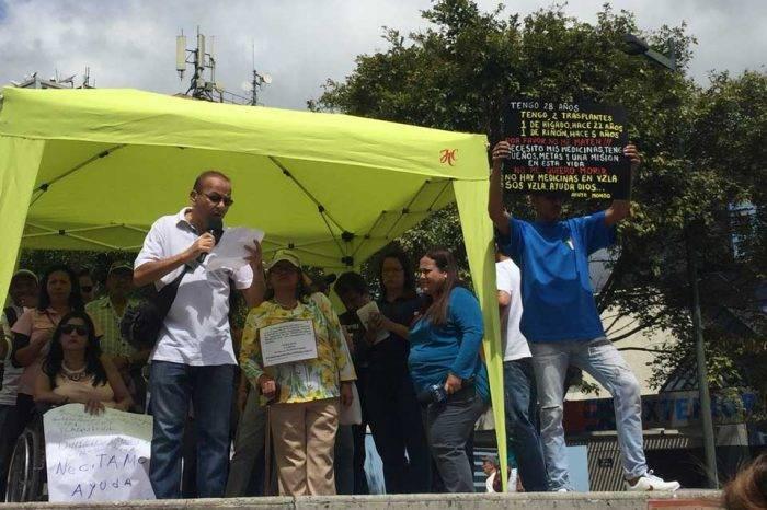 """""""No queremos morir"""", el llamado desesperado de pacientes al Gobierno de Maduro"""