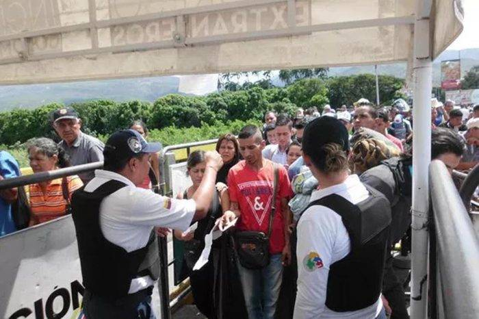En 2017 venezolanos emigraron en estampida