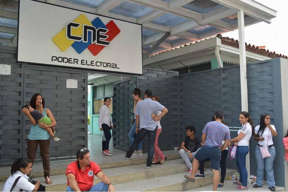 """El 80% de nuevos votantes quedará """"por fuera"""" para el 22A"""