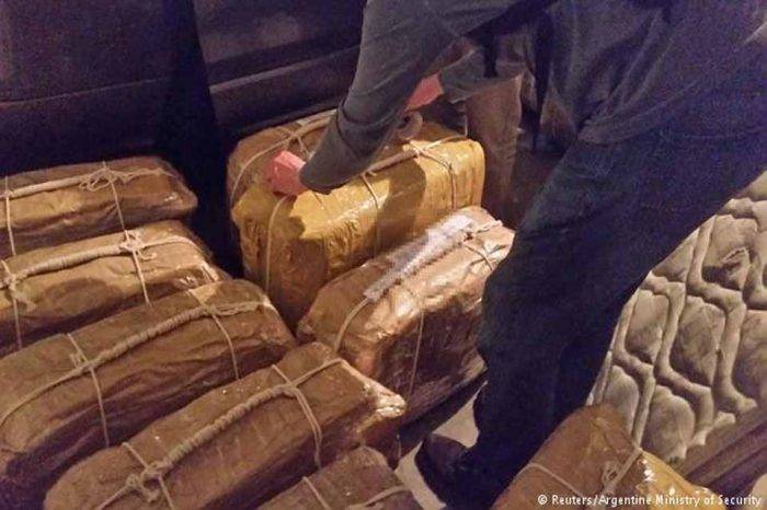 Droga Argentina Embajada de Rusia