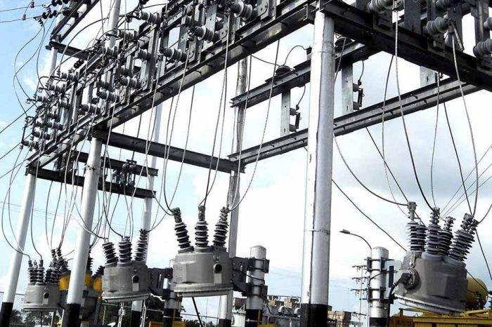 Maduro acusa a exdirectivos de empresa nacionalizada por crisis eléctrica en Zulia