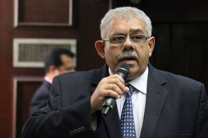 """Diputado Elías Mata dice que reestructuración de Pdvsa """"es más de lo mismo"""""""
