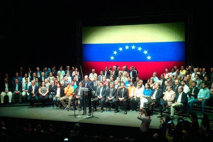¿Y dónde está la oposición?, por: Armando J. Pernía