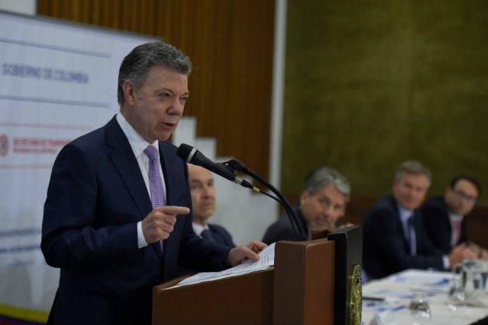 Gobierno de Santos reanudará proceso de diálogo con el ELN