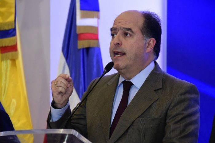 """""""Enormes diferencias"""" en el documento final impidieron a la oposición firmar acuerdo"""