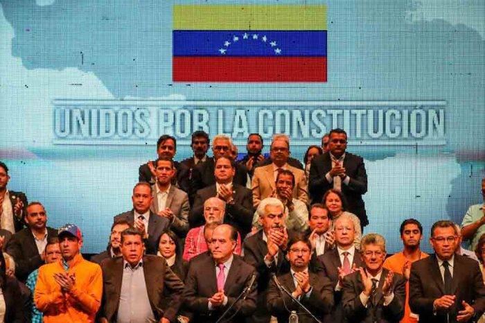 """MUD rechaza nuevos intentos de diálogo """"que legitimen fraude"""" del 20M"""