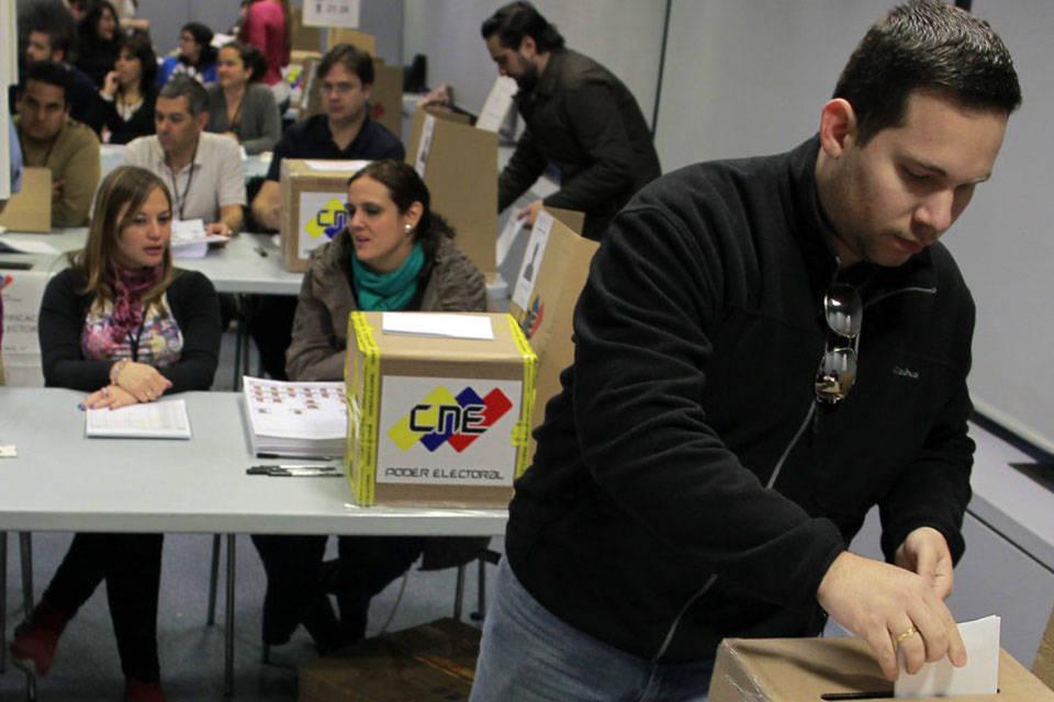 El registro electoral para venezolanos en el exterior for Venezolanos en el exterior