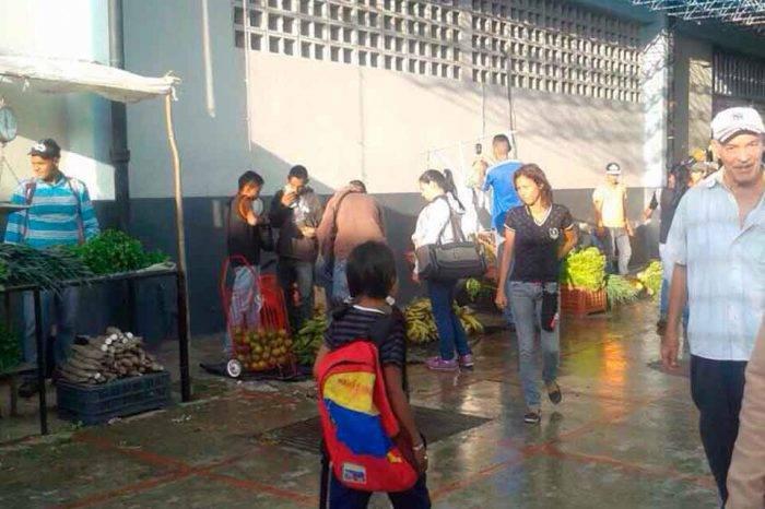 Detienen a infociudadano de El Pitazo por realizar reportaje desde un mercado en Yaracuy